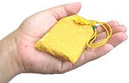 メモリアルお守り袋